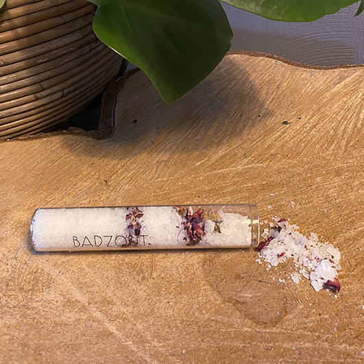 Badzoutbuisje Roos- ambachtelijk gemaakt handgemaakt epsom zout magnesium zout