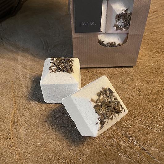 handgemaakt ambachtelijk-badbruis bathbombs-Bathe bomb Lavendel
