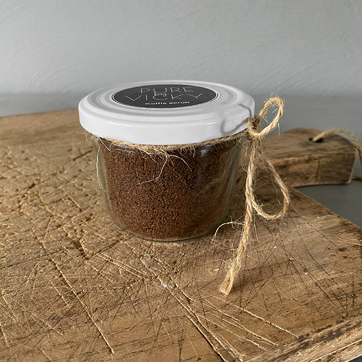 1 Ambachtelijk gemaakte natuurlijke bodyscrub koffiescrub-boven-VK-lr.