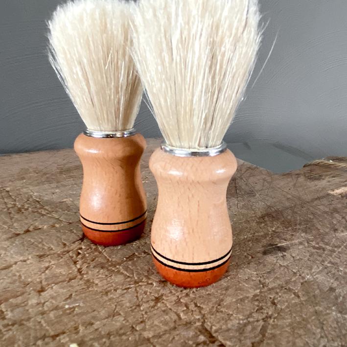 Scheerkwast natuurlijke handgemaakte zeep - natuurlijk haar-1