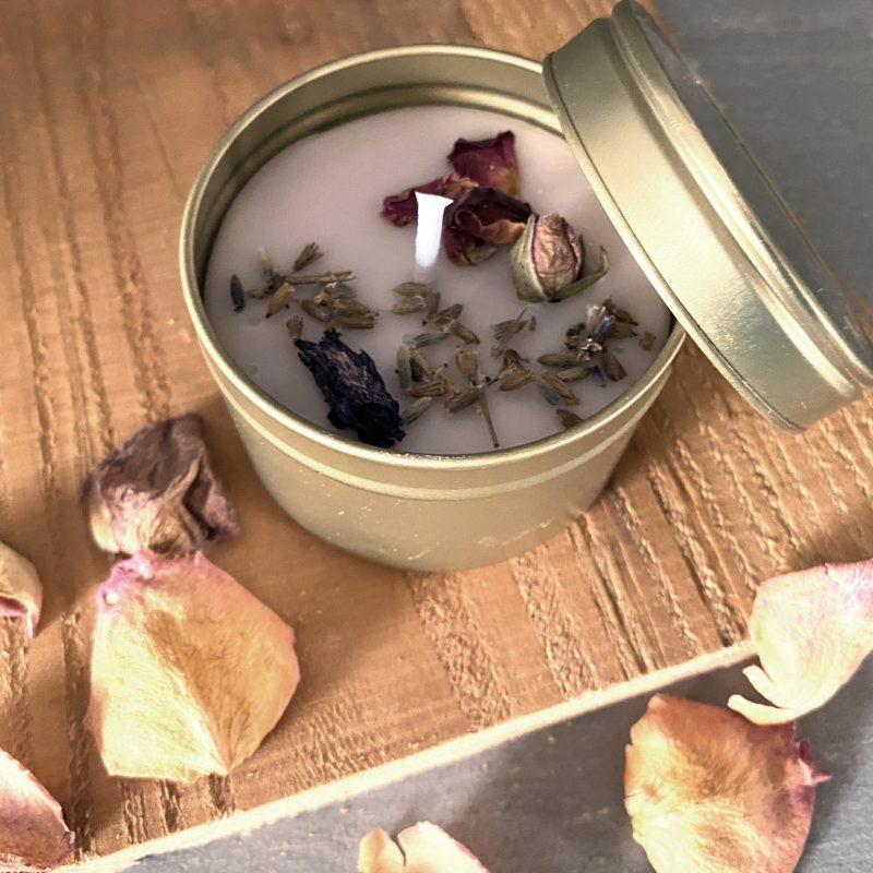 Handgemaakt ambachtelijk Kado Badzout magnesium koolzaadwaskaars in blikjel