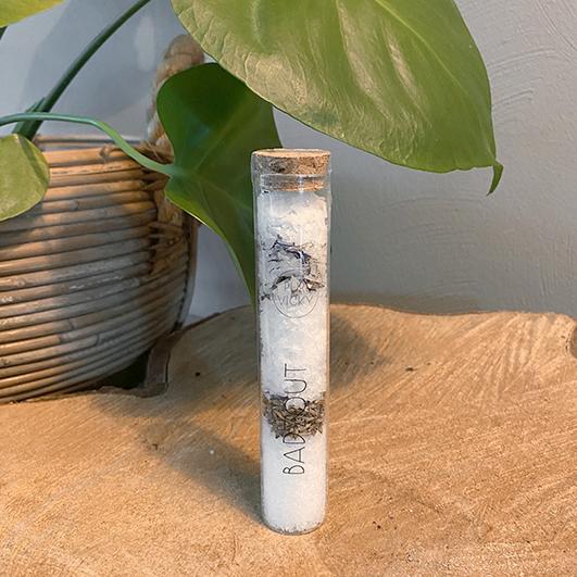 Badzoutbuisje Lavendel- ambachtelijk gemaakt handgemaakt epsom zout magnesium zout