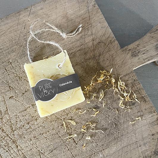 Ambachtelijk gemaakte natuurlijke Zeep handgemaakt calendula- natuurlijk