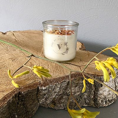 Koolzaadwas kaars- natuurlijke kaars - handgegoten - handgemaakt - ambachtelijk -a-kind-og-magic-1