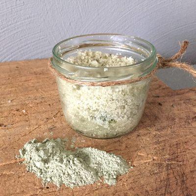 Ambachtelijk gemaakte natuurlijke bodyscrub franse groene klei-VK-zij-LR.